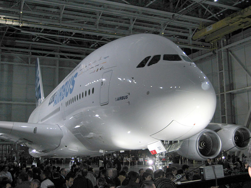 800px-A380 Reveal 1