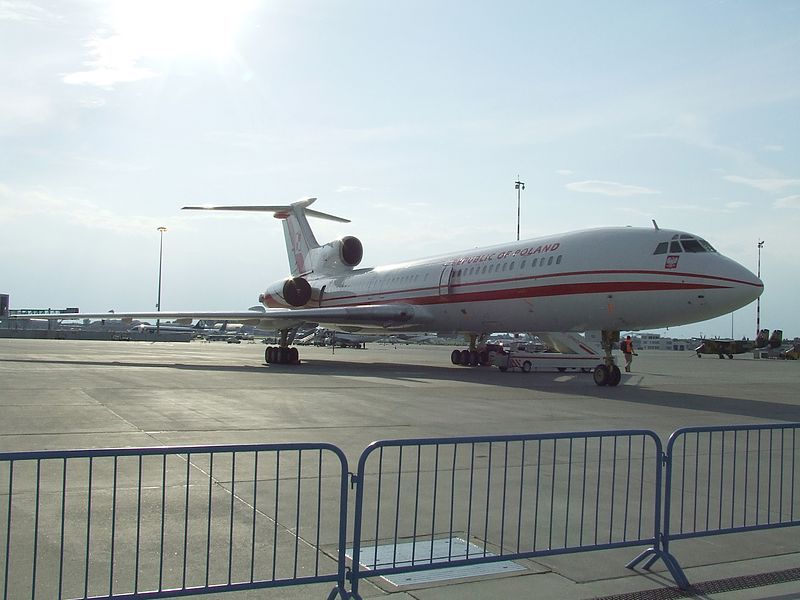 800px-PL TU-154M Government Plane